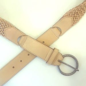 Ladies braided leather belt for spring 2019